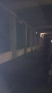 Montage von Beleuchtung in Bahntunnel